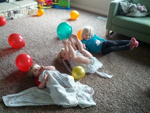 playing balloons